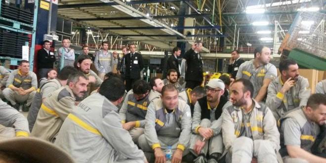 Renault işçisi mücadeleye çağırıyor