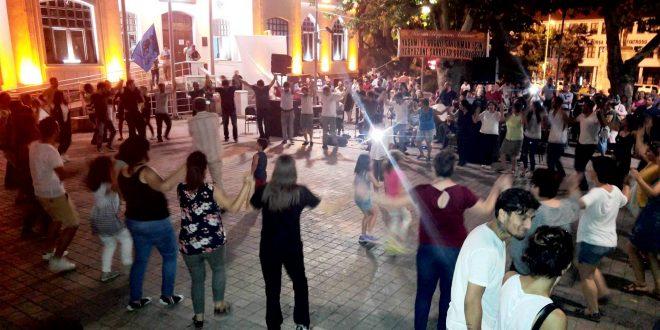 Şair Ceketli Çocuk kendi şarkılarıyla Bursa'da anıldı