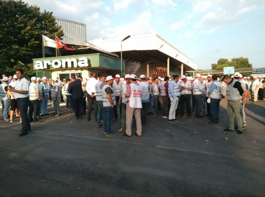 AROMA işçisi grevde!