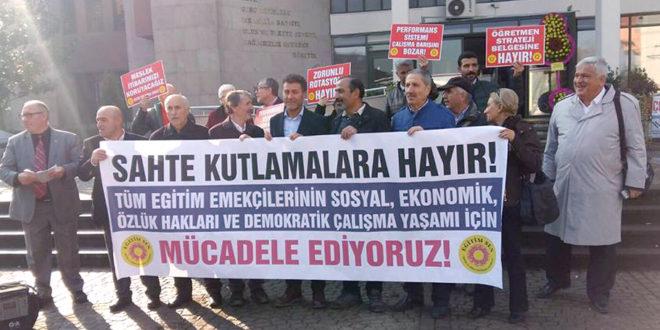 """Bursa Eğitim Sen """"AKP öğretmenliği itibarsızlaştırdı"""""""